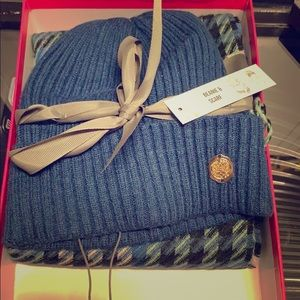 Vince Camuto scarf and hat